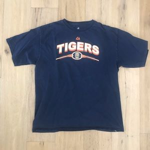 Detroit Tigers T-Shirt from 2006 w/ vintage logo